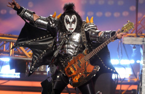 """LOS ANGELES, CA - MAY 21:  Musician Gene Simmons of KISS performs onstage during Fox's """"American Idol"""" XIII Finale at Nokia Theatre L.A. Live on May 21, 2014 in Los Angeles, California.  (Photo by Kevin Winter/Getty Images)"""